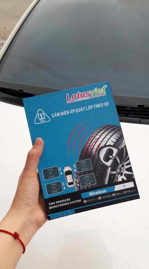 Cảm biến áp suất lốp hiển thị trên đồng hồ theo xe Hyundai