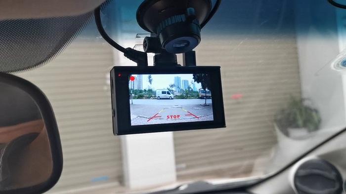 Camera hành trình Elicam A220