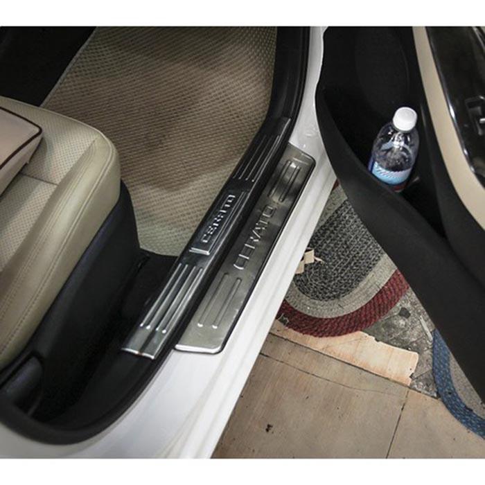Chống trầy bậc cửa ngoài xe Cerato 16 - 18